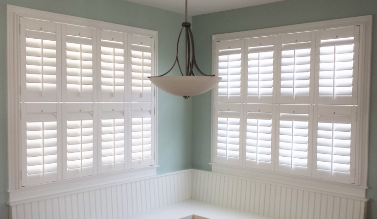 Fort Lauderdale plantation shutters in booth