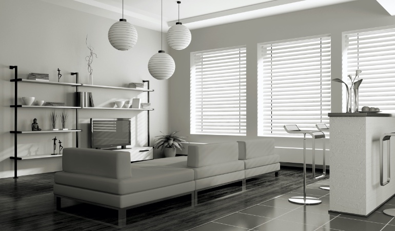 white blinds in Fort Lauderdale
