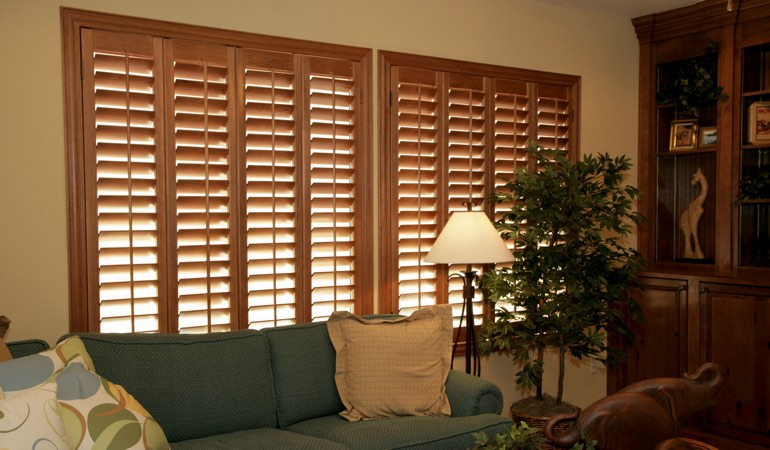 How To Clean Wood Shutters In Fort Lauderdale, FL